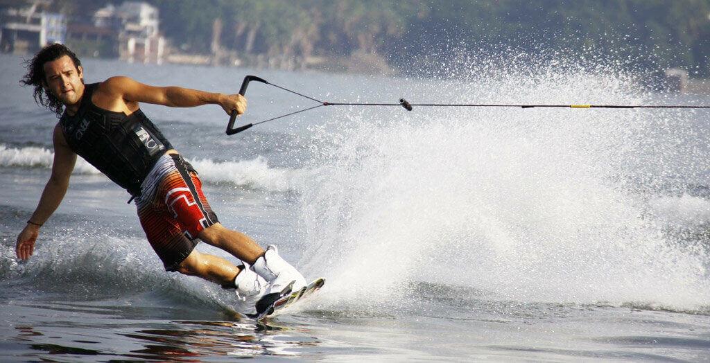 muz a surfing