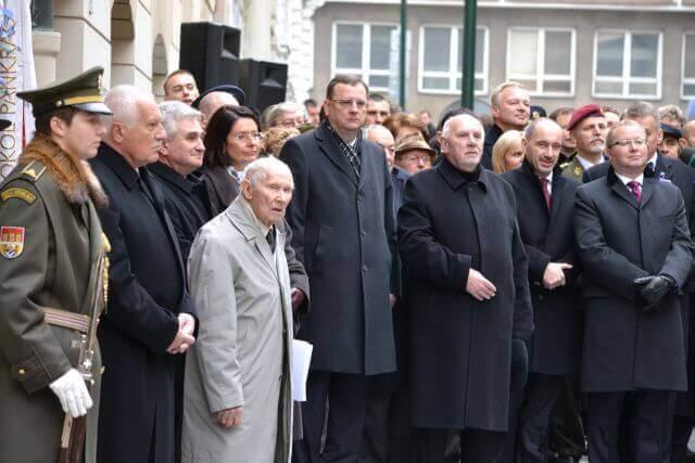 vzpomínková událost na den svobody a demokracie